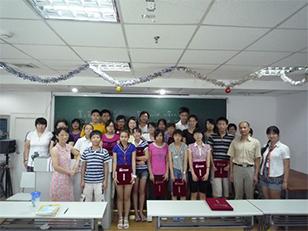 昂立中学生课堂风采
