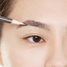 上海徐汇区学化妆的地方哪里更专业一点