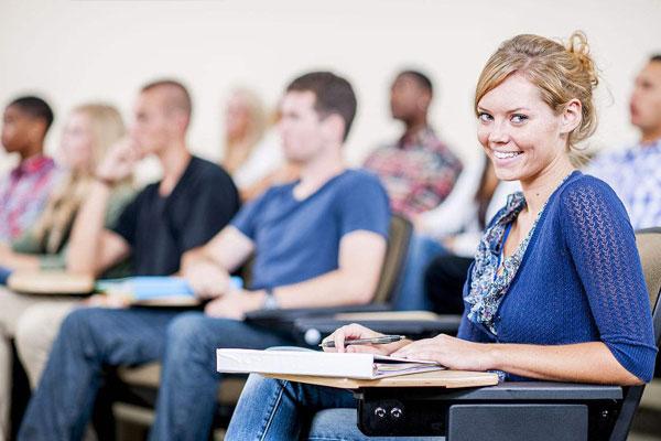 广州成人英语三级培训多少钱