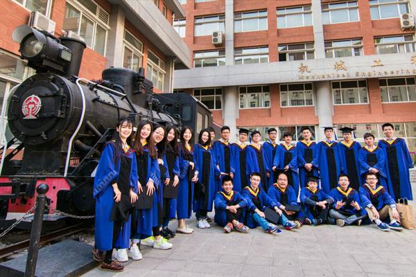 上海专本套读都有那些专业