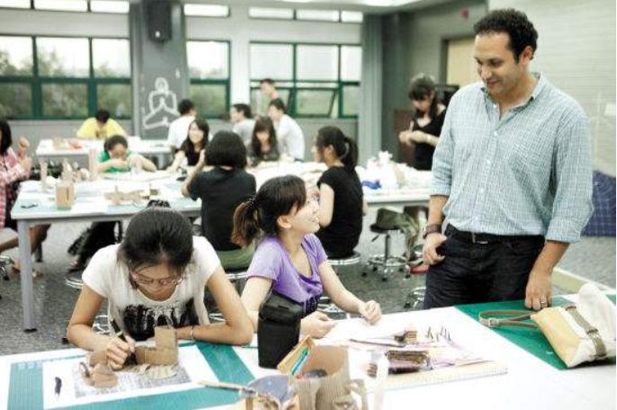 上海专本套读有没有比较容易通过的专业