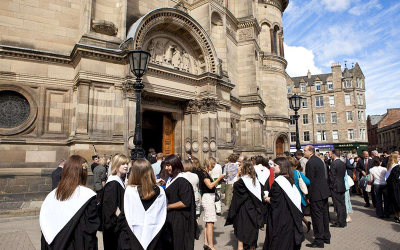 英国留学申请全程项目